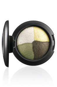 FantasyOfFlowers-EyeShadow-InTheMeadow-72